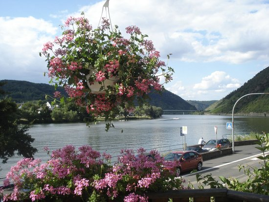 Brodenbach, Duitsland: view from the cafe / bar