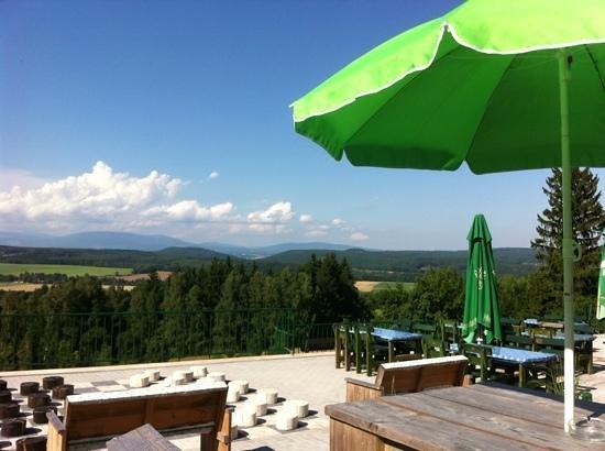 Hotel Pod Zvicinou: uitzicht vanaf het terras