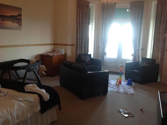 Esplanade Hotel: Alverstone room set up for baby