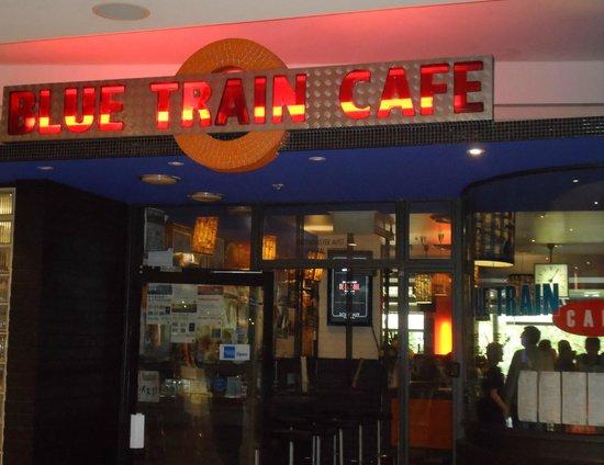 Bluetrain: Entrada do restaurante