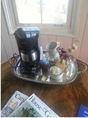 Boscawen Inn: Coffee is available in our suites