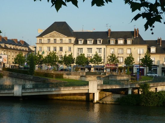 Hotels Near Compiegne France