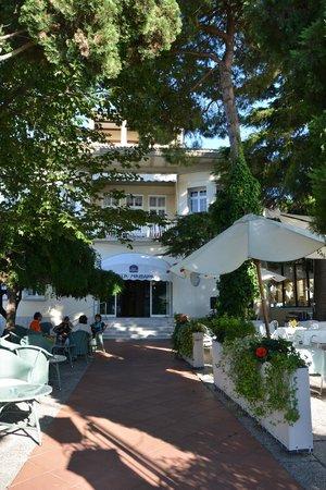 Hotel Villa Mabapa: Entrée de l'hôtel