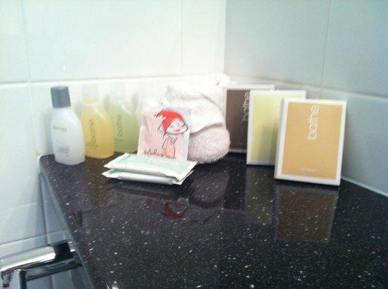 The Waterfront: Bathroom toiletries