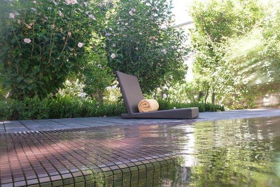 Hospes Palacio del Bailio: Pool/Have