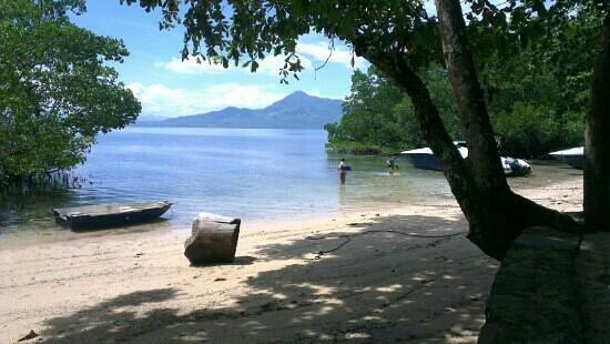The Village Bunaken: uitzicht vanuit de ligstoel