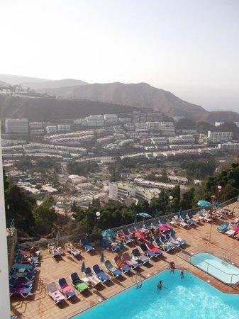 Colina Mar Apartments Pool Area