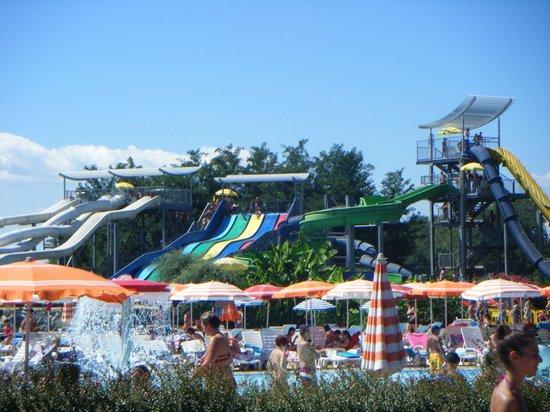 Vicolungo, Italy: scivoli