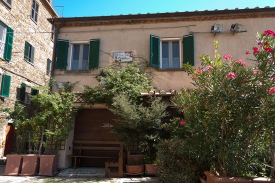B&B Casa delle Camelie: Bed & Breakfast Casa delle Camelie, Manciano (GR)