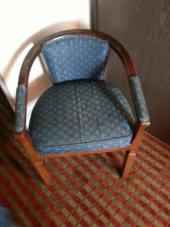 Quality Inn Saint Ignace: Old chair