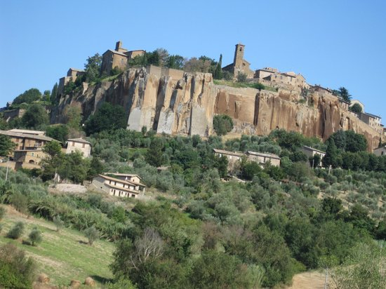 Oasi dei Discepoli: Orvieto visto da Sferracavallo