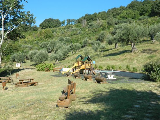 Agriturismo Val di Boccio : Parco giochi