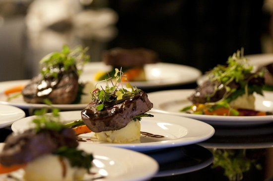 Hotel Eldorado: Food