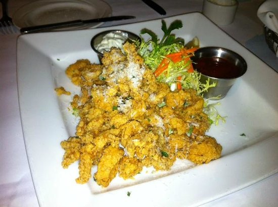 Forbes Mill Steakhouse - Danville: Fried Calamari appetizer