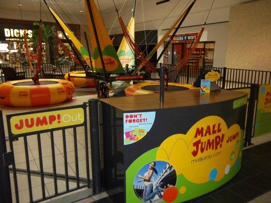 MALL JUMP @ The Melbourne Square Mall