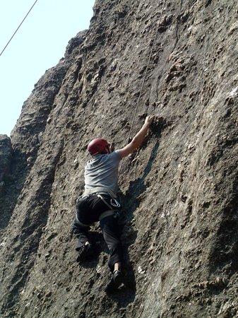 Sylvan Rocks Climbing School: Ryan Climbing