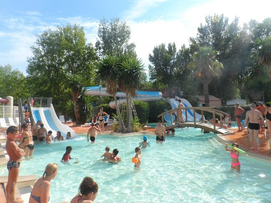 Piscine photo de camping sandaya les vagues vendres for Piscine les vagues meyzieu