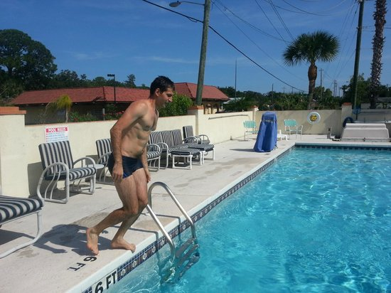 Travelodge Suites St Augustine: Ready to jump!