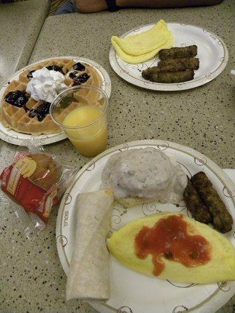 Best Western Plus Columbia River Inn: Breakfast