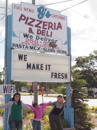 G's Pizzeria & Deli: It says it all