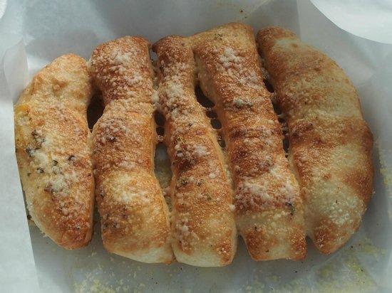 G's Pizzeria & Deli: Garlic Bread