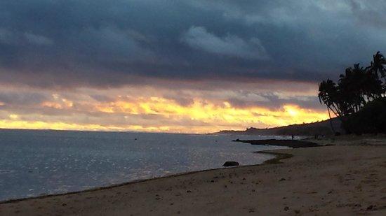Tambua Sands: Sunset