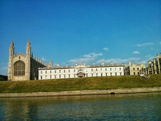 Cambridge Bike Tours: kings college chappel at Cambridge
