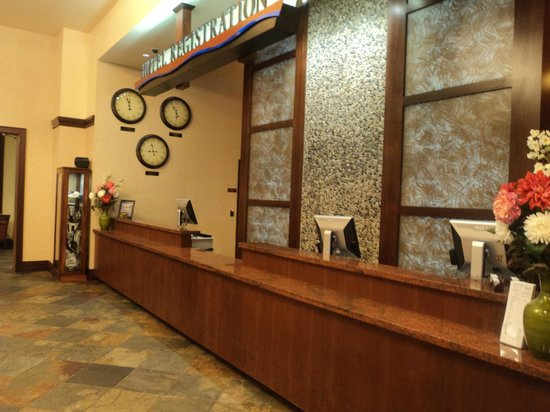 Three Rivers Casino Resort: front desk of the motel