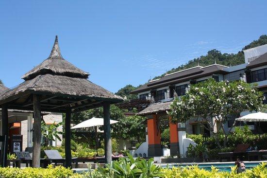 Samaya Bura : area piscina