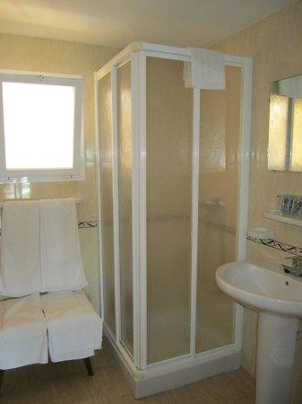 Esperanza Hostal: Bathroom