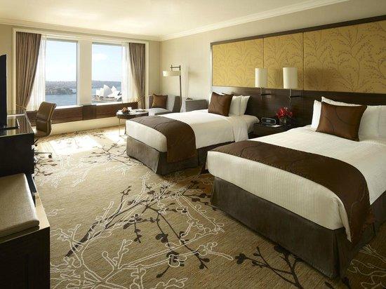 Deluxe Grand Harbour View Room Shangri La Sydney