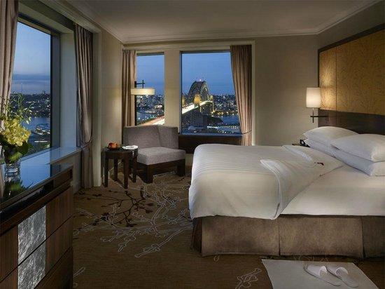 Shangri La Hotel Sydney Executive Grand Harbour View Suite