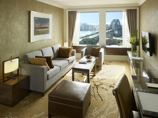 Executive Grand Harbour View Suite Living Room Picture