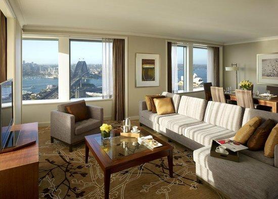 Shangri La Hotel Sydney Grand Apartment