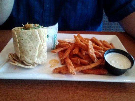 Green Mill : Buffalo Chicken Wrap and Sweet Potato Fries