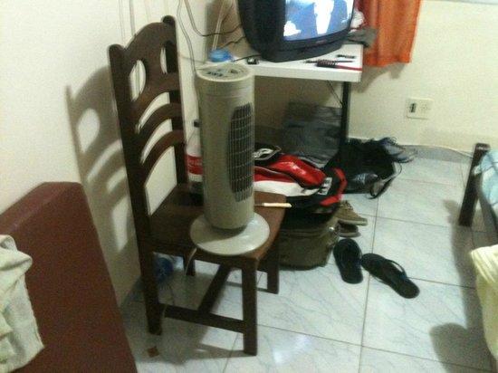 Hotel Villamar: ventilador oferecido apos muita reclamacao