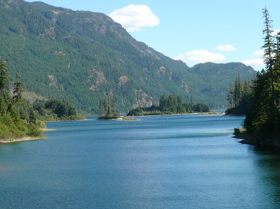 Strathcona Provincial Park: view from the bridge
