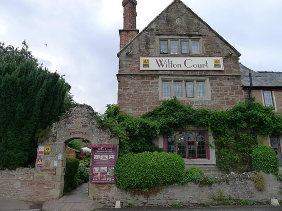 Wilton Court Restaurant with Rooms: A view of Wilton Court