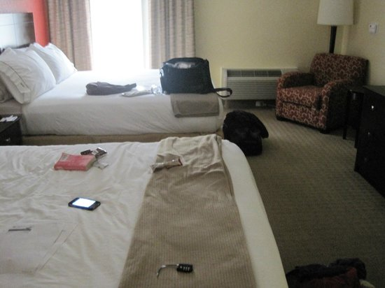 Holiday Inn Express and Suites Fort Lauderdale Executive Airport: Sleeping area