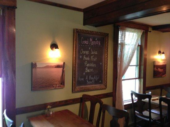 Squam Lake Inn: Menu Board