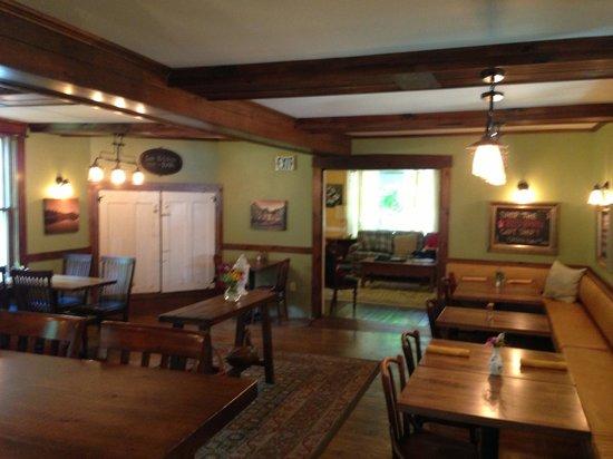 Squam Lake Inn: Dining Room