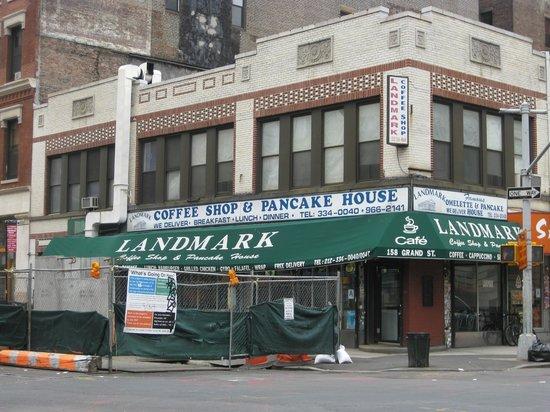 Landmark Coffee Shop & Pancake House: Exterior - Front