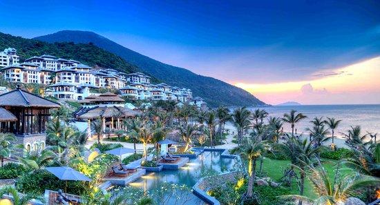 InterContinental Danang Sun Peninsula Resort: Exterior