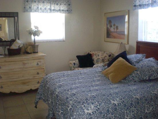 Mango Street Inn: Schlafzimmer