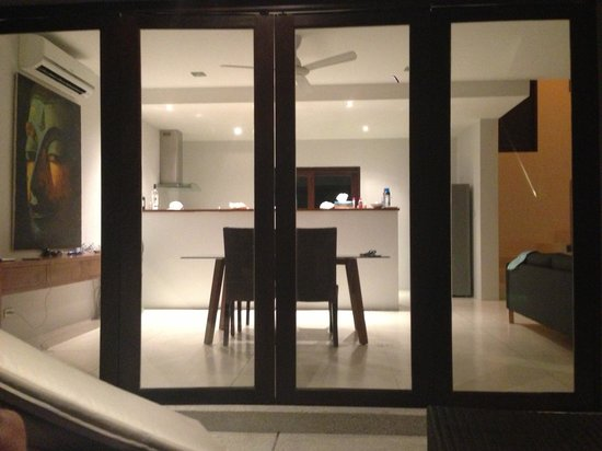 Dining area opens up, nice glass doors