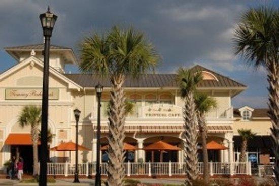 Tommy Bahama's Restaurant & Bar: Tommy Bahama view