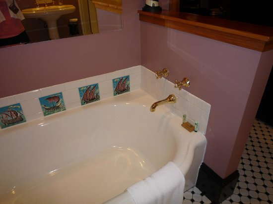 The Gryphon House: The Bathtub in the North Tower room