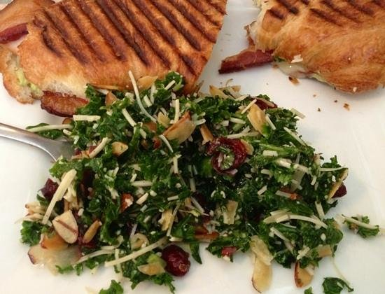 Well Bred Bakery & Cafe: Kale Salad