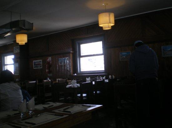 Arco de las Cuevas: Interior del Restaurant