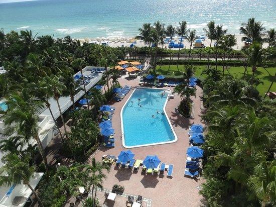 Four Points by Sheraton Miami Beach: VISTA DESDE LA HABITACIÓN 1024